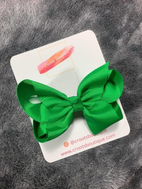 Green bow clip